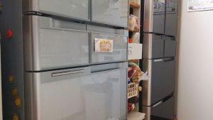 冷蔵庫の転倒防止グッズも大事! 怪我や逃げ遅れを防ぐための対策